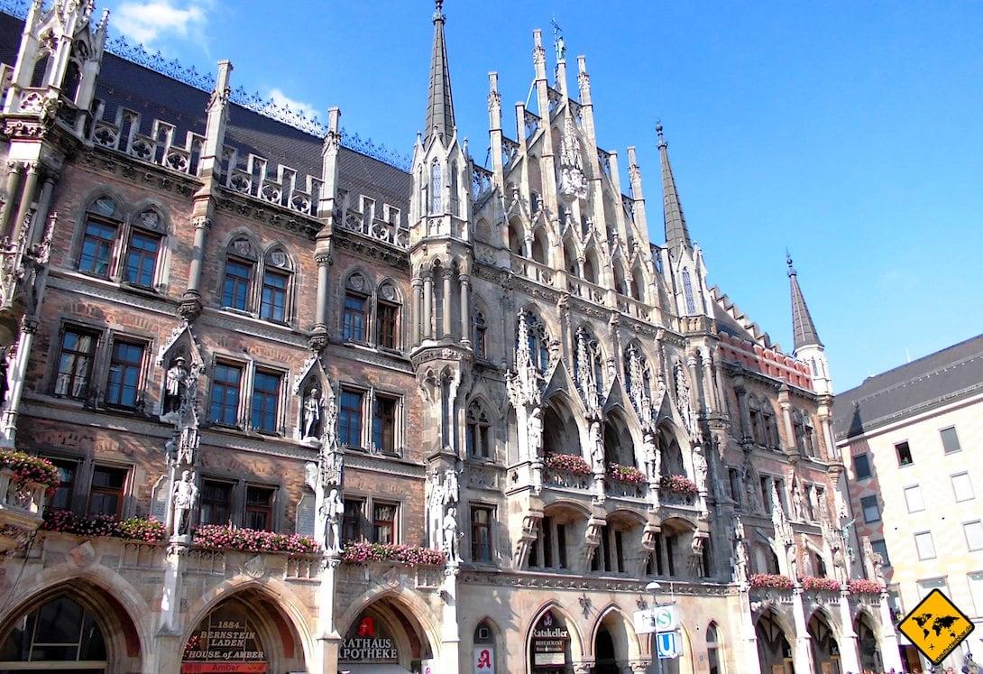 3 Tage München Sehenswürdigkeiten Rathaus Marienplatz