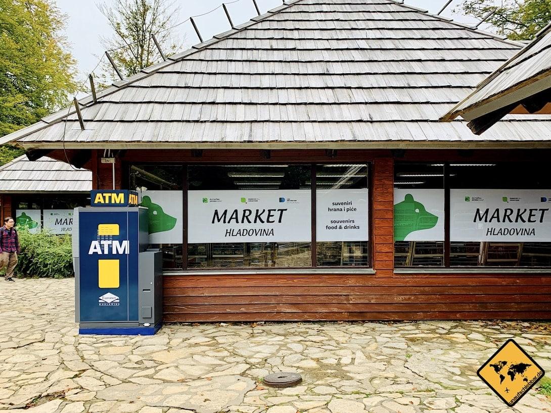 ATM Supermarkt Parkplatz 2