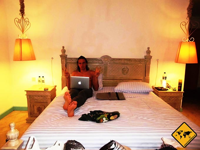 Airbnb Erfahrungen Ocean View Studio Seririt Schlafzimmer