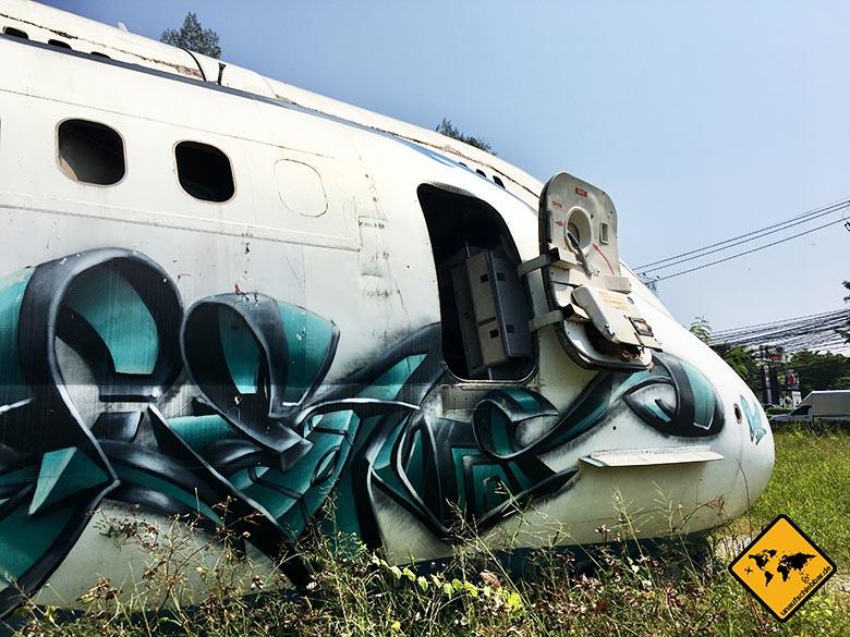 Airplane Graveyard Bangkok Flugzeug Einstieg