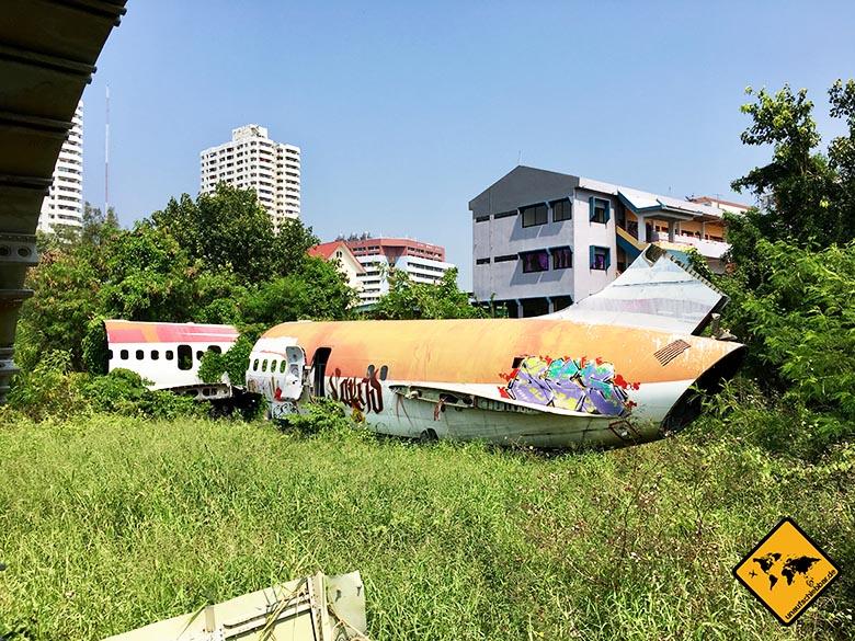Airplane Graveyard Bangkok hinterer Teil