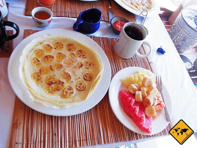 Amed Bali Hotel Frühstück Pfannekuchen