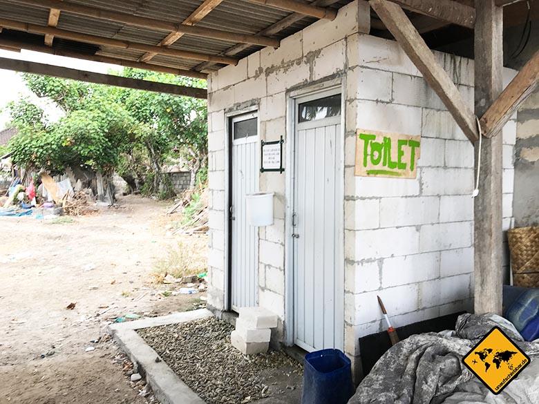 Anreise nach Nusa Penida Toiletten