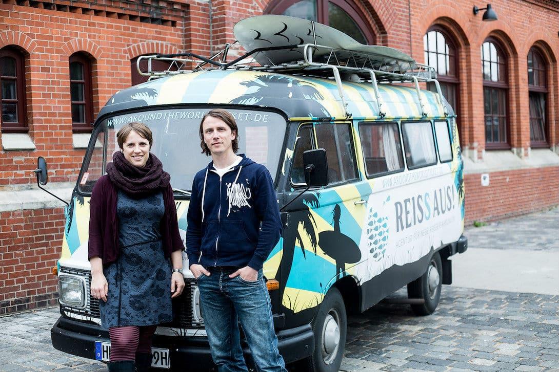 Die Geschwister Frauke und Henning Manninga von der Weltreise Ticket Agentur REISS AUS!
