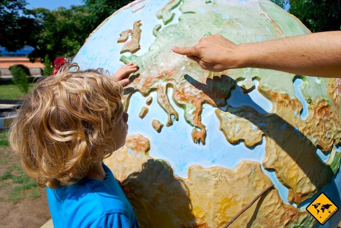 Frauke reist selbst mit ihren Kindern um die Welt und hat daher Expertentipps aus erster Hand