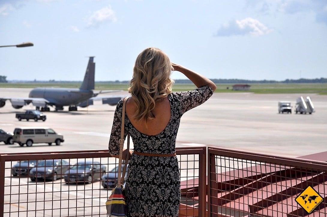 Ein Around the world Ticket bietet dir viele Vorteile. Statt lange zu schauen, kannst du mithilfe der RTW Ticket Agenturen schon schnell im Flugzeug sitzen.