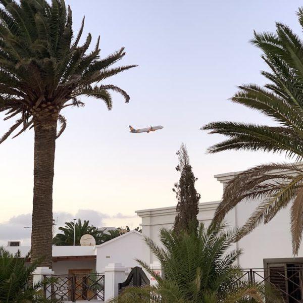 Arrecife Airport Flugzeug Playa Honda