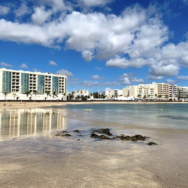 Arrecife Playa del Reducto Meer Häuser