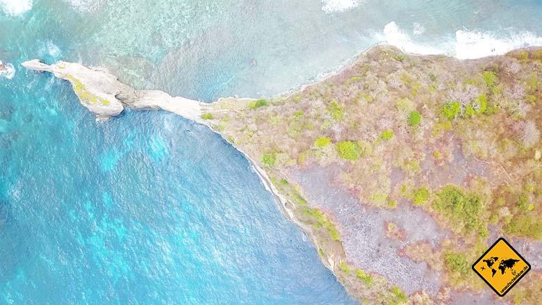 Atuh Beach Nusa Penida Felsen Mitte