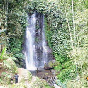 Auf Bali kannst du während deiner Bali Rundreise viele Wasserfälle bewundern
