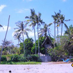 Auf deiner Bali Rundreise empfehlen wir dir auf jeden Fall einen Strandspaziergang zu unternehmen