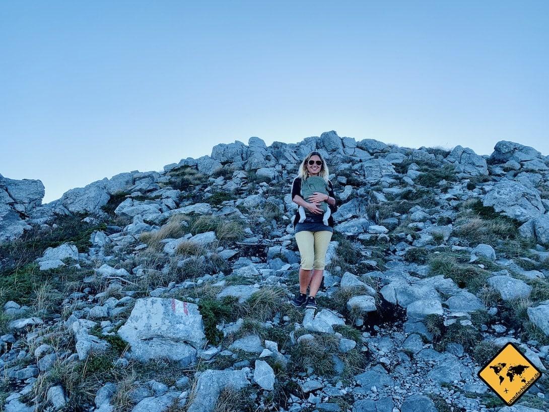 Aufstieg Zavižan mit Baby Nationalpark nördlicher Velebit