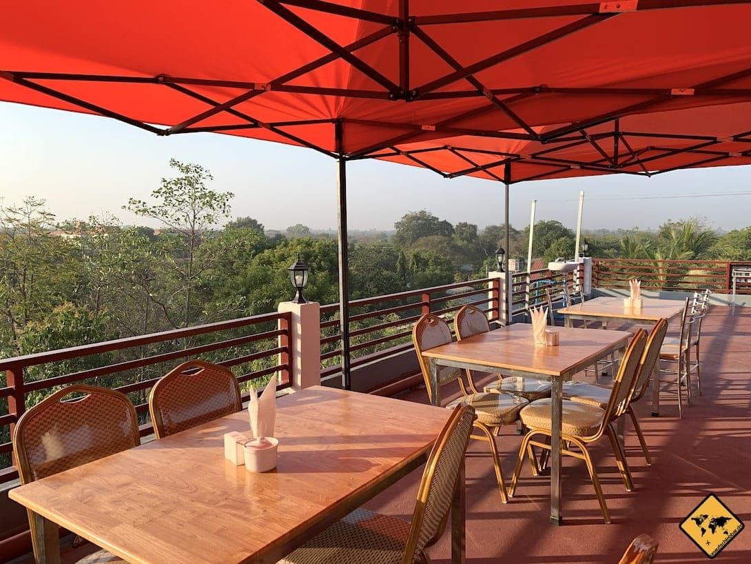Bagan Sunrise Hotel Dachterrasse