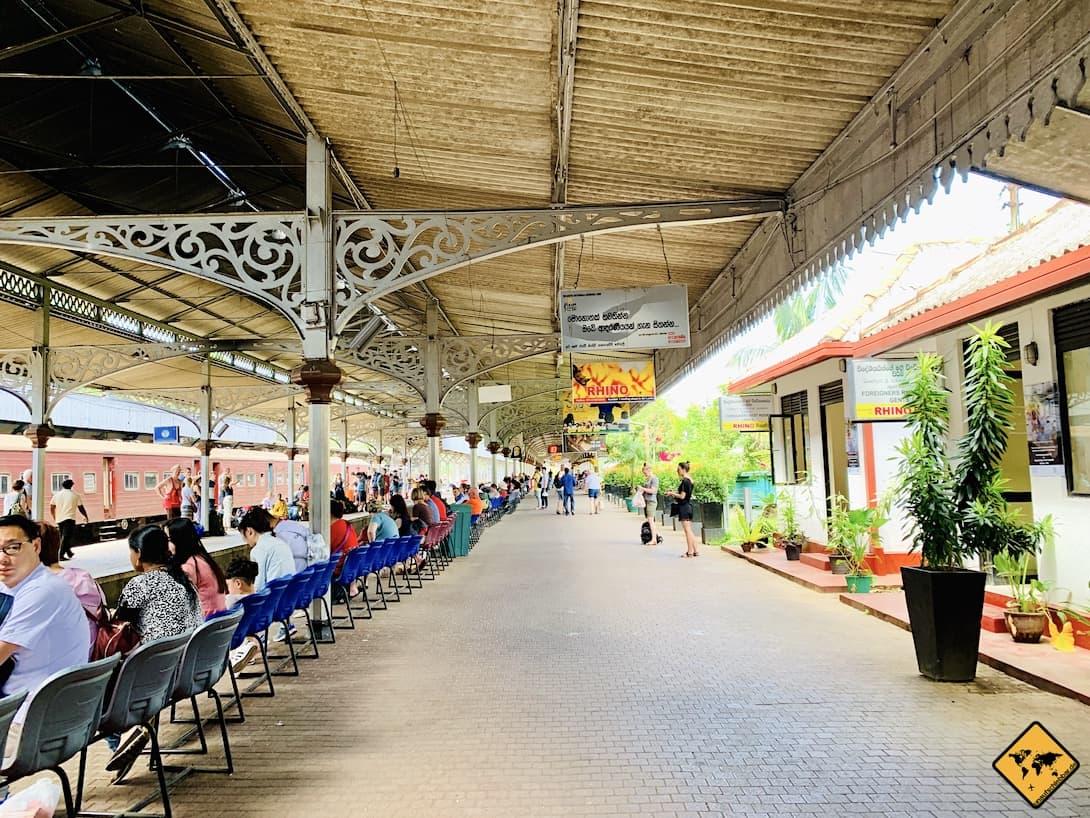Bahnhof Kandy Railway Station Sri Lanka