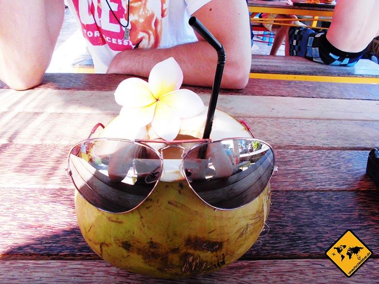 Bali Essen - balinesische Küche - Kokosnuss