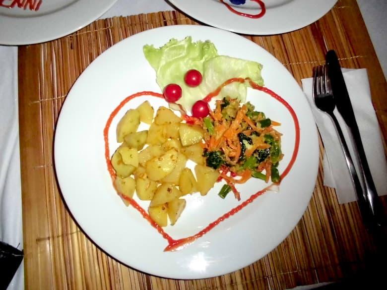 Bali Flitterwochen Dinner