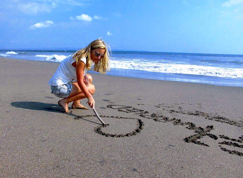 Bali Flitterwochen Sand Malerei