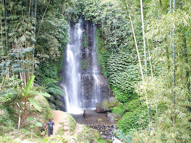 Bali Flitterwochen Wasserfall