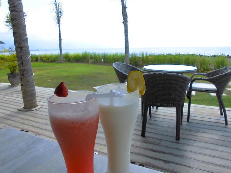 Bali Hochzeitsreise Meer Bar