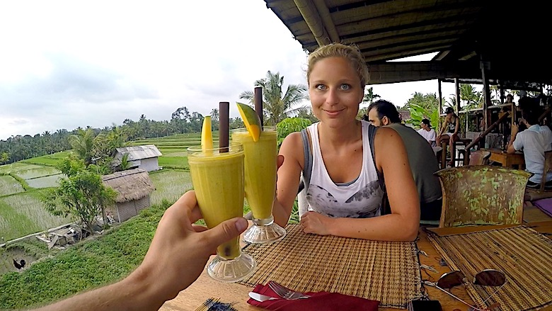Bali Hochzeitsreise Reisfelder Drink