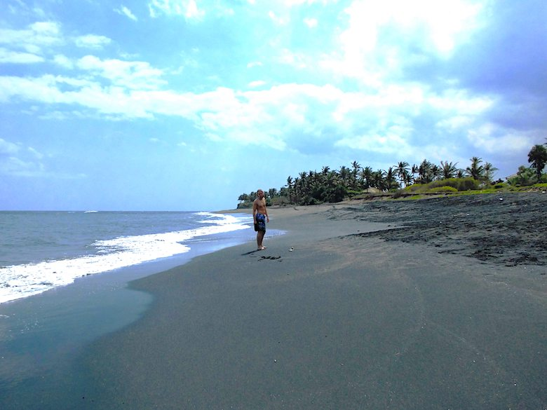 Bali Hochzeitsreise einsame Strände