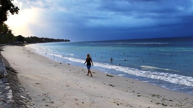 Bali Regenzeit leere Strände