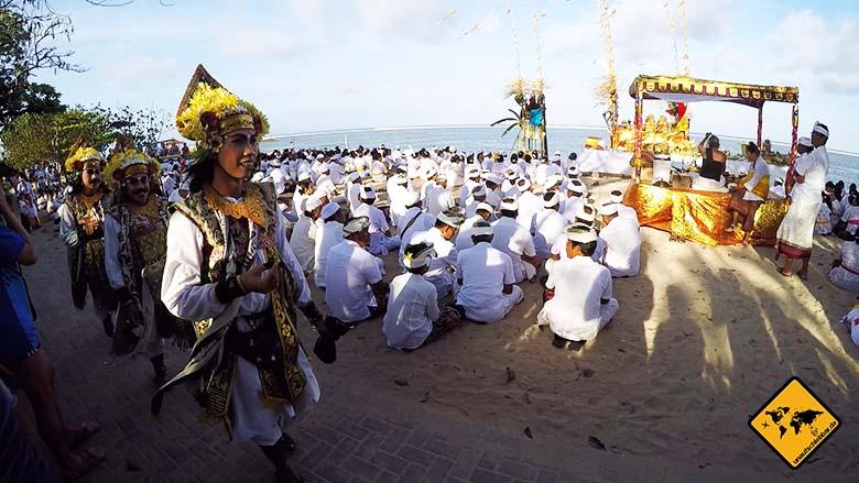 Bali Sehenswürdigkeiten top 10 Sanur Fest Einheimische
