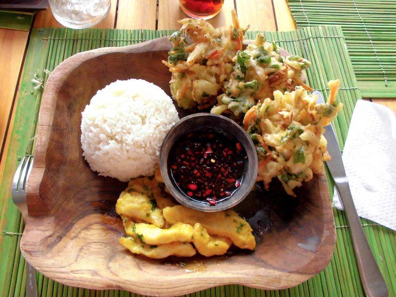 Bali in der Regenzeit Essen