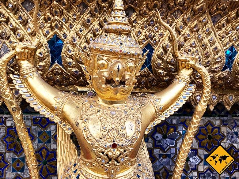 Bangkok Königspalast Goldfigur