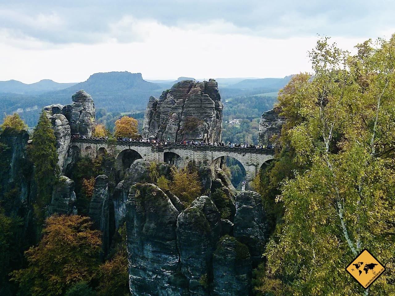 Basteibrücke bedeckter Himmel