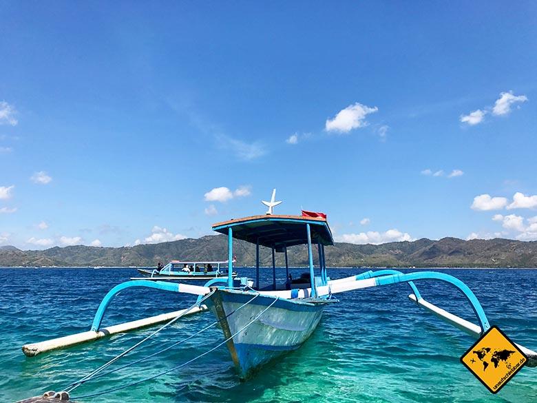 Mit einem solchen Boot legst du auf Gili Nanggu an