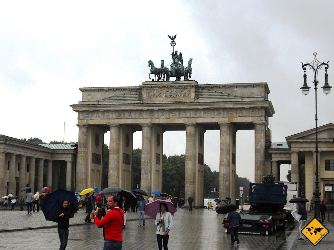 Brandenburger Tor Berlin regnerisch