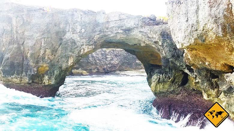 Broken Bay Nusa Penida Bali Naturtunnel