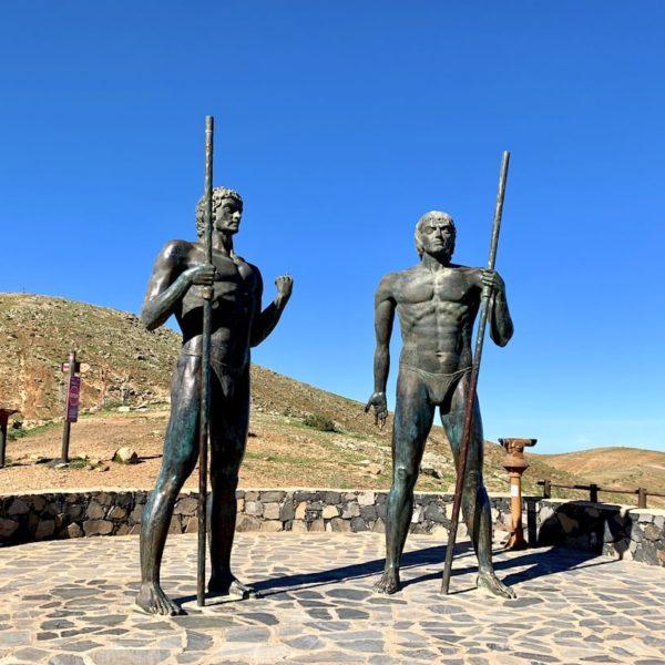 Bronze Staturen Mirador de Guise y Ayose Fuerteventura