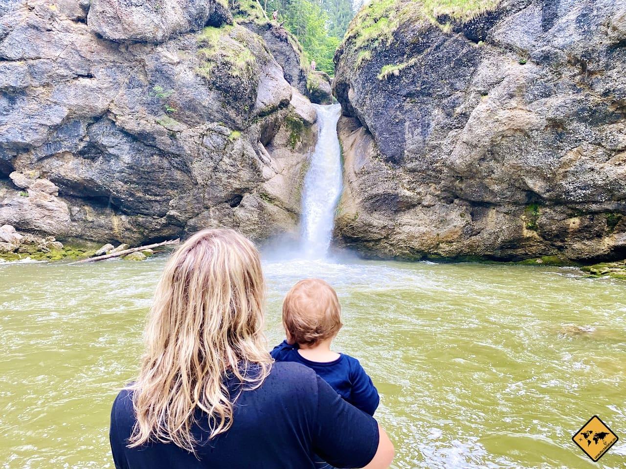 Buchenegger Wasserfälle mit Baby