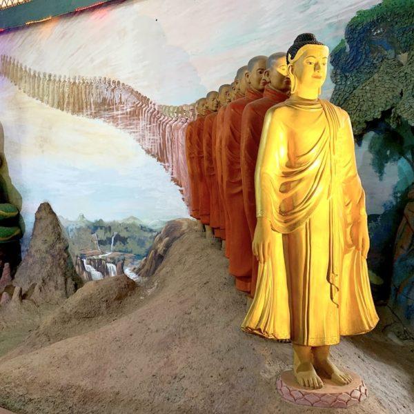 Buddha Figuren Ngar Htat Gyi Pagode Yangon