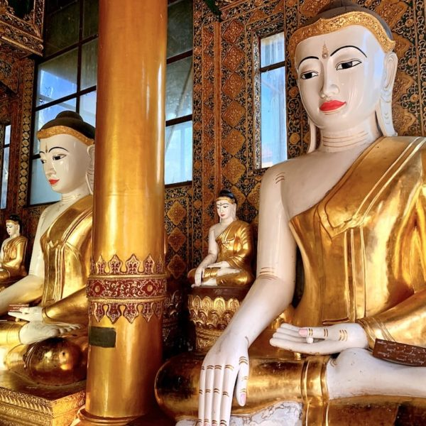 Buddhas gold Shwedagon Pagode Yangon