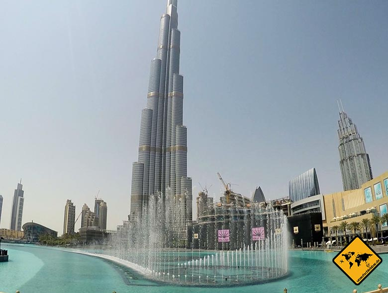 Burj Khalifa Wasserspiele bei Tag
