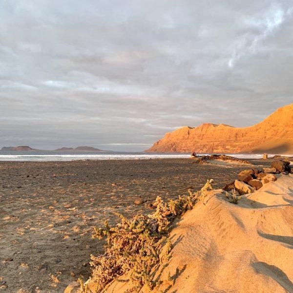 Caleta de Famara Sandstrand Lanzarote