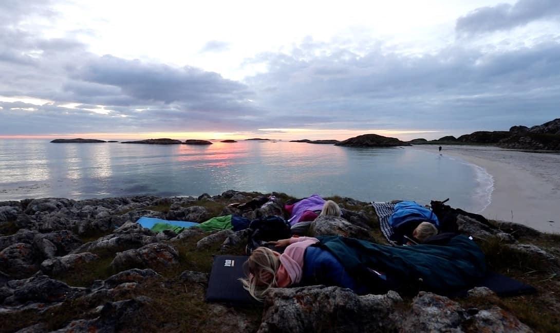 Camping unter freiem Himmel Nordwärts Film Sechs Paar Schuhe