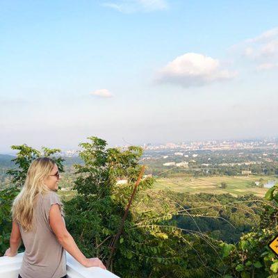 Chiang Mai Sehenswürdigkeiten Wat Phra That Doi Kham Terrasse