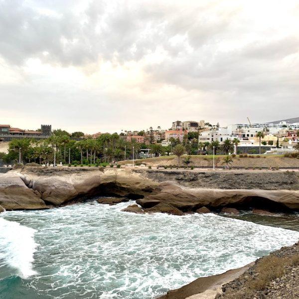 Costa Adeje Teneriffa Wellen Meer