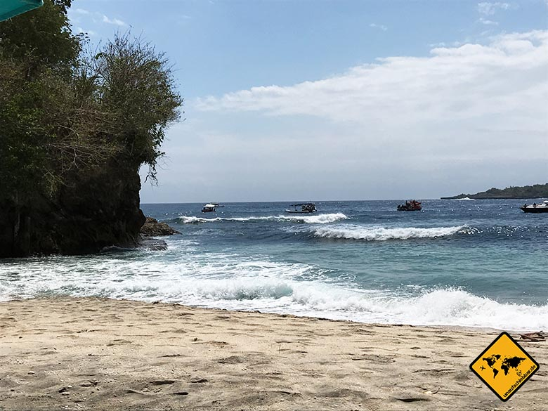 Crystal Bay Beach Nusa Penida Wellengang