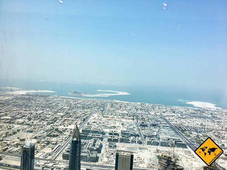 Die Burj Khalifa Preise sind okay angesichts der tollen Aussicht aufs Meer