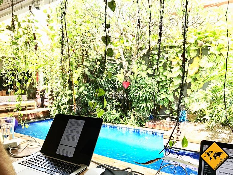 Dojo Bali 2 MacBooks