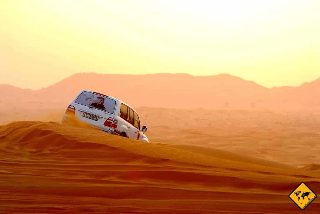 Dubai Ausflüge Wüsten-Safari Jeep Sanddünen