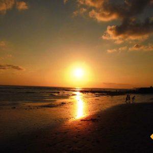 Einer der schönsten Sonnenuntergänge unserer Rundreise Bali