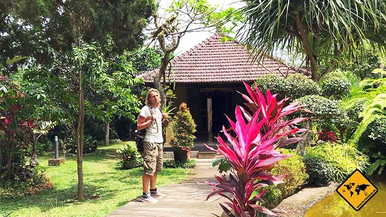 Eingangsbereich Schmetterlingspark Bali
