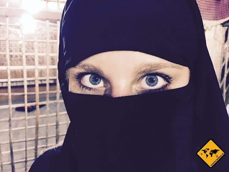 Erkennt ihr Jenny im Niqab noch wieder? ;-)