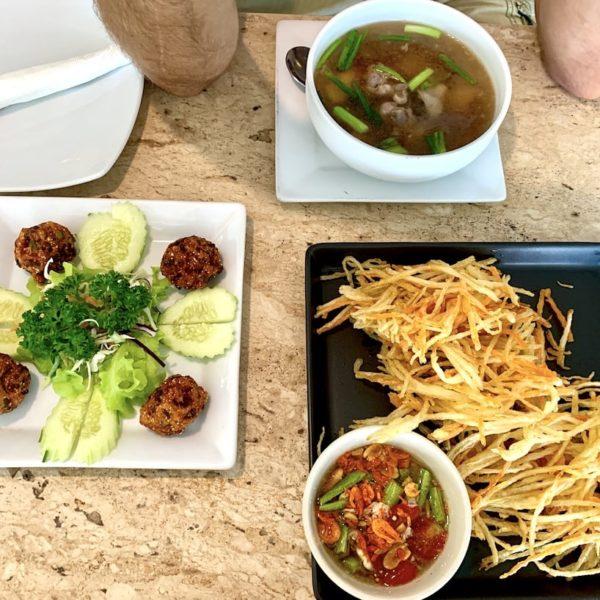 Essen B Cat Café Phuket Town